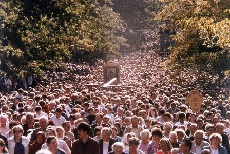 processions_de_la_Semaine_Sainte_web.jpg