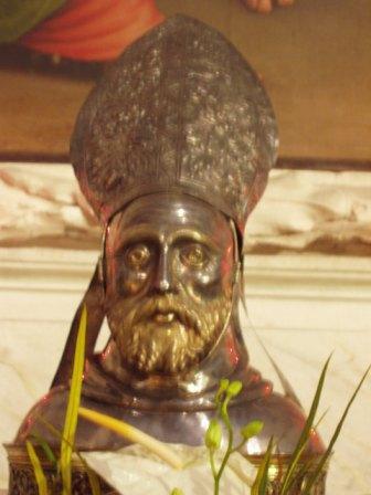 reliquaire_saint_Colomban_net.jpg