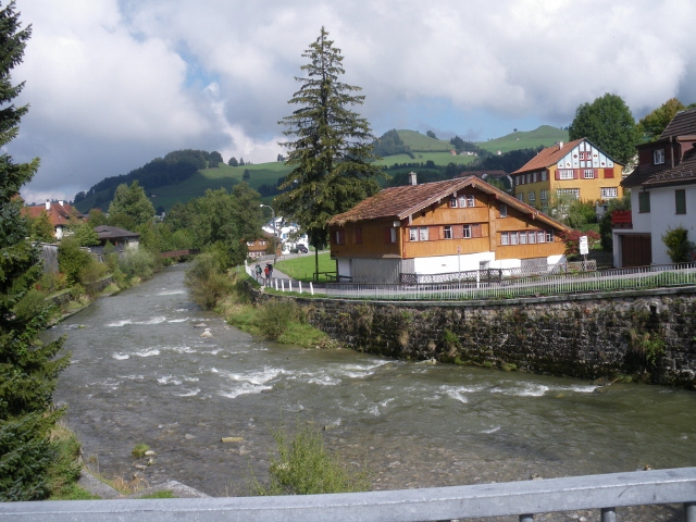 suisse_149_640x480_.jpg